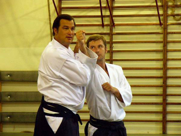 Video: Steven Seagal at 1995 All-Japan Aikido Demonstration
